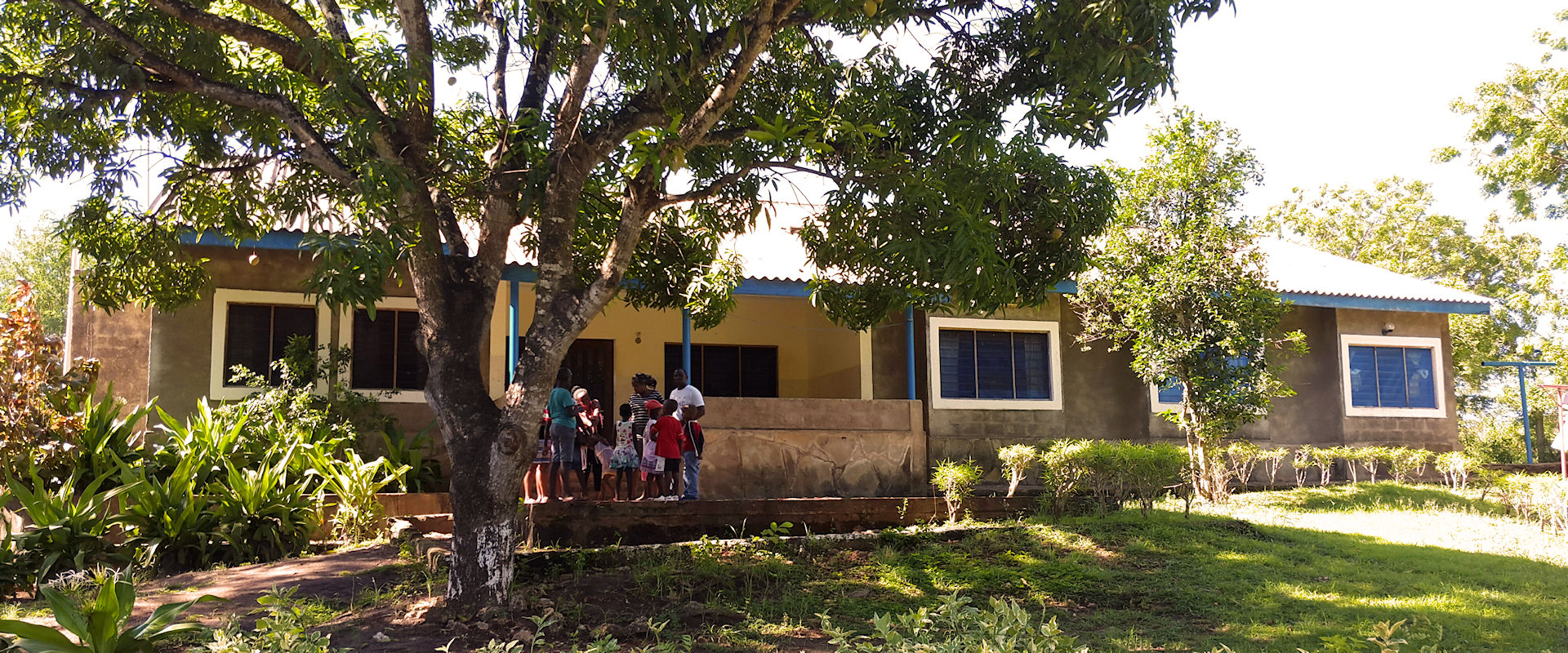 Diani Childrens Village | Voorzijde opvanghuis Diani Kenia